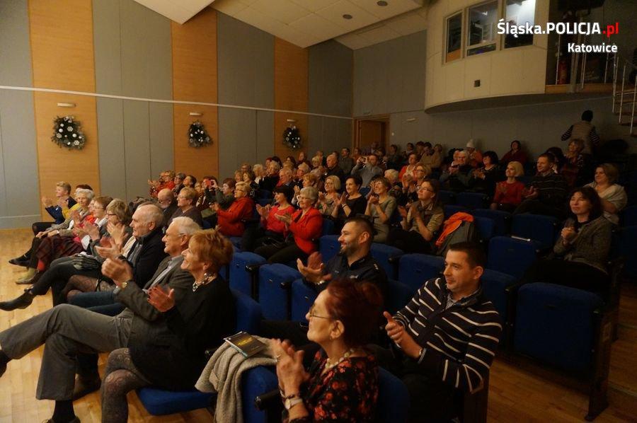 Spektakl nową formą edukacji dla bezpieczeństwa seniorów