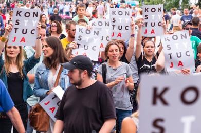 Demonstracja przed Sądem Okręgowym w Katowicach