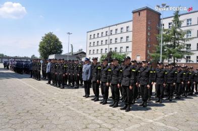 10 nowych policjantów w katowickiej komendzie