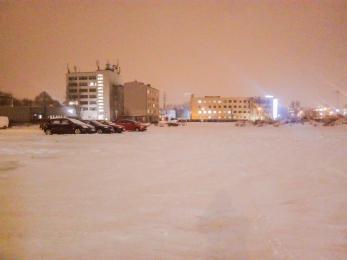 Z centrum znika duży parking