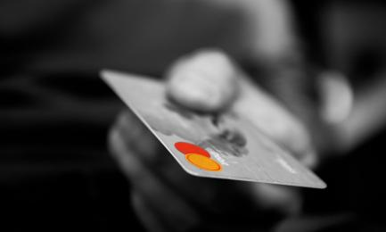 Karty płatnicze w autobusach ZTM? Zaczynają się testy systemu