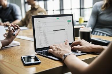 Fałszywe e-maile o kontroli podatkowej. Urząd Skarbowy apeluje: Nie otwieraj załącznika!