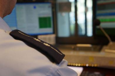 Policjanci z Katowic szukają właściciela odnalezionej saszetki z pieniędzmi