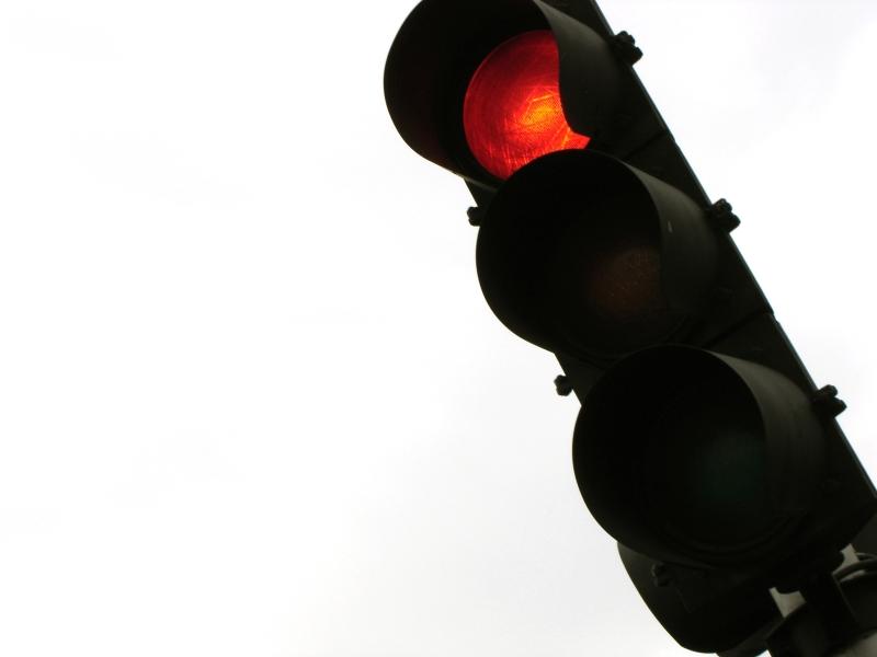 """Śląsk: Drogówka prowadzi działania """"Bezpieczne skrzyżowania"""""""