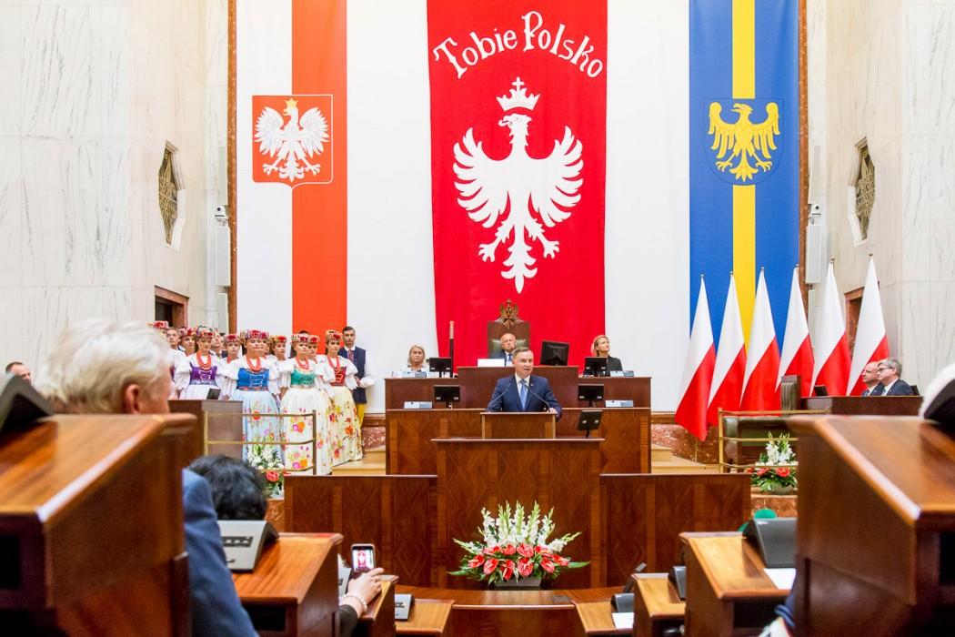 100-lecie powstań śłąskich: prezydent Andrzej Duda wziął udział w uroczystej sesji sejmiku