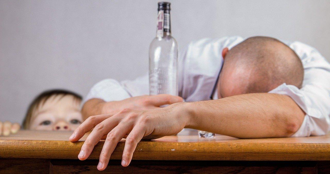 Ośrodek uzależnień oferuje leczenie z alkoholizmu, narkomanii oraz uzależnień behawioralny