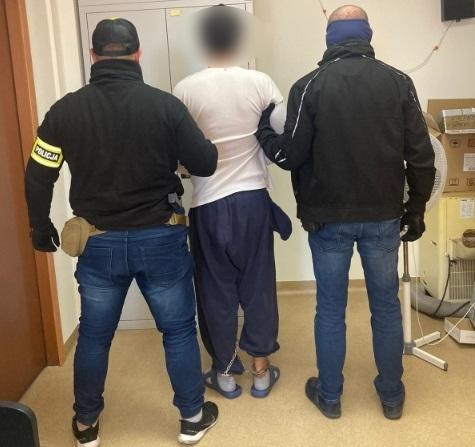 20-latek usłyszał zarzuty za usiłowanie uprowadzenia 5-letniej dziewczynki