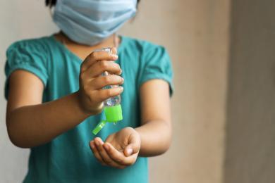 Dr Sutkowski: na początku listopada będzie rekomendacja szczepienia dzieci powyżej 5 lat