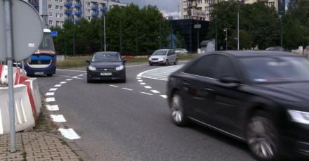 Kierowcy tracą głowie na rondzie Ziętka w Katowicach po zmianach zasad ruchu