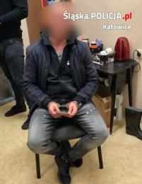Policjanci z Katowic zatrzymali poszukiwanego trzema listami gończymi