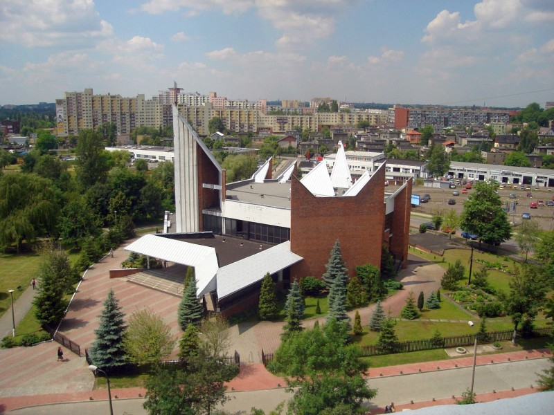 Tysiąclecie - Kościół pw. Matki Boskiej Piekarskiej